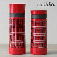 アラジンといえばこれ!定番で懐かしい赤いチェックの魔法瓶。昔から家にあったようなレトロ感。赤い色のカップはホットドリンクにもぴったりで温かさもアップ★