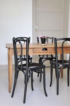 Chaise bois courbé noir - Chaise bistrot - Années 30 - Mobilier vintage - Bel Ordinaire