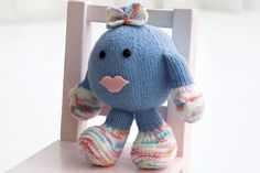 Baby toy, found on : http://www.michaels.com/Loops-Threads%E2%84%A2-Knit-Baby-Toy/e08027,default,pd.html?start=41=projects-yarnandneedlecrafts-toysandamigurumi