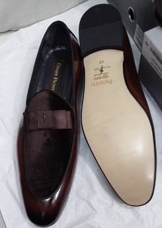 Cesare Paciotti glossy/suede Men's shoes-brown High dope and classy men's shoes  Made of suede  Touch of gloss  and a designer bow logo.  Exclusive for men of class