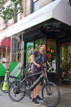 Adrien Brody stopped by at NYCeWheels on Saturday to pick up his new Stromer Electric Bike.