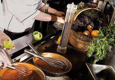 #Küchenzauber im Hotel #WalchseerHof Restaurant, Picnic, Basket, Fine Dining, Diner Restaurant, Picnics, Restaurants, Dining