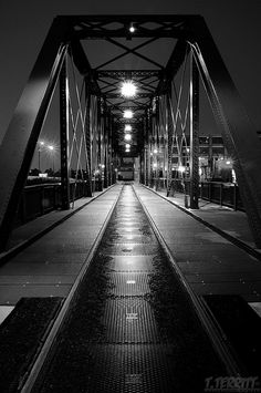 The Cherry Avenue Bridge (North Avenue railroad bridge, or Chicago, Milwaukee & St. Paul Railway, Bridge No. Z-2)