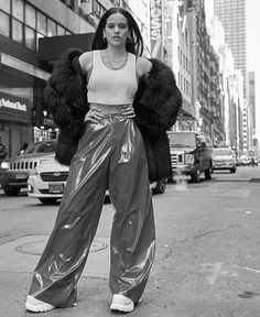 Zen// with tra 2000s Fashion, Look Fashion, Urban Fashion, New Outfits, Fashion Outfits, Glossier Girl, Divas, Vintage Couture, Festival Outfits