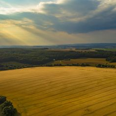 Loving this pic Field 2 by Bucket via Love Pictures, Bucket, App, Artist, Photography, Outdoor, Beautiful, Outdoors, Photograph