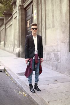 Look année style vetement tenue grunge urbain hipster rock ville mens fashion Preppy Mens Fashion, Men Fashion Show, Mens Fashion Week, Mens Fashion Suits, Fashion Moda, Men's Fashion, Hipster Rock, Style Hipster, 90s Style