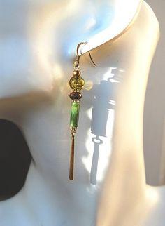 Boucles d'oreilles Borneo pierre gemme agate mousse vertes et or sur bronze-Collection Voyages : Boucles d'oreille par perles-et-petales