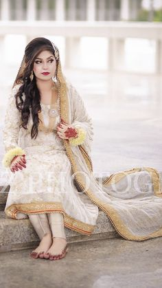 Bridal Mehndi Dresses, Nikkah Dress, Shadi Dresses, Pakistani Wedding Outfits, Pakistani Wedding Dresses, Bridal Outfits, Girls Dress Up, Wedding Dresses For Girls, Bridal Wedding Dresses