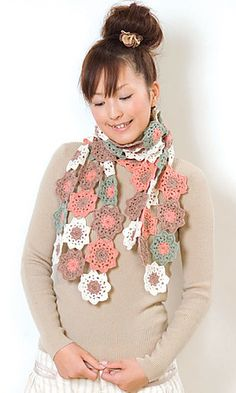 29-210-31 Motif Scarf By Pierrot (Gosyo Co., Ltd) - Free Crochet Diagram - Click On Photo In Scarf List For PDF Diagram - (ravelry)
