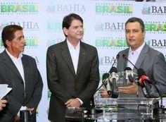 """O governador Rui Costa (PT) anunciou nesta sexta-feira (23) que pretende realizar um concurso público em 2015 para contratar professores para a rede pública estadual de ensino. """"Vamos ter um concur..."""