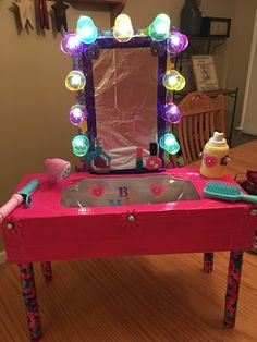 Light up & all! Thanks to my Hubby I've got a happy girl for her party! Valentine Day Boxes, Valentine Day Crafts, Valentine Ideas, 10th Birthday, Happy Birthday, Vanity Box, School Parties, Fall Diy, Science Projects