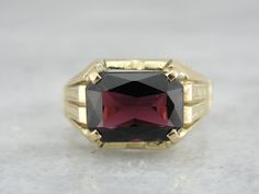 Gorgeous Green Gold and Fine Red Garnet Ring for Lady or Man