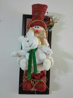 Christmas Ornaments, Holiday Decor, Home Decor, Felt Wreath, Scrappy Quilts, Sportbikes, Christmas Crafts, Christmas Decor, Christmas Paintings