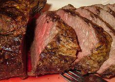 Roast Beef Tenderloin With Red Wine & Shallot Sauce. Photo by PanNan