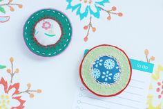 Vrolijke magneten van vilt en stof - little Z handmade