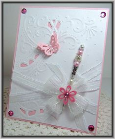 Marianne Designables 1 - gorgeous card using Marianne Designables cut/embossing folder.  DS0907