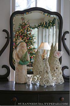 DIY: Pipe Cleaner Christmas Tree