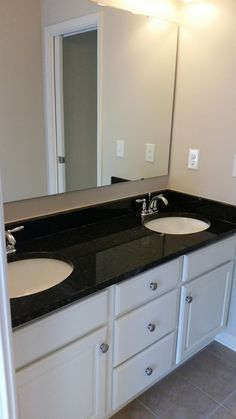 2nd Story Jack-and-Jill Vanity