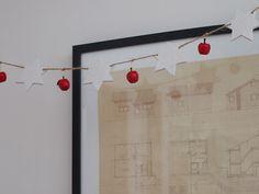 jouluviiri Christmas Diy, Frame, Home Decor, Picture Frame, Decoration Home, Room Decor, Christmas Makes, Frames, Hoop