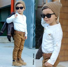 Urban Hairstyles For Women Info: 8700064957 Teen Boy Fashion, Toddler Boy Fashion, Toddler Boys, Outfits Niños, Baby Boy Outfits, Kids Outfits, Urban Hairstyles, Look Formal, Designer Kids Clothes