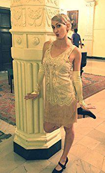 BABEYOND Women's Flapper Dresses 1920s V Neck Beaded Fringed Great Gatsby Dress (Medium, Beige)