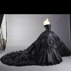 DIA De Los Muertos Wedding | Día de Los Muertos Vintage Style Wedding / Black Wedding Dress!
