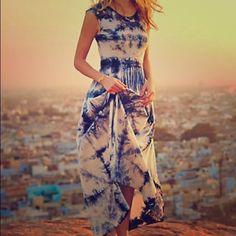Maxi dress blue indigo dye hi-lo Really beautiful comfy and flattering shibori dyed anthropologie 2015 dress cotton The odells Dresses Maxi