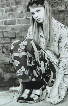 Angela Lindvall Vogue 1997