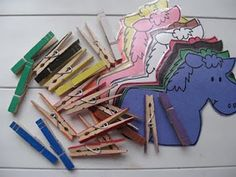 Close Pin Horses - lots of preschool printables!