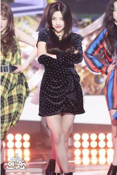 Photo album containing 25 pictures of (G)I-DLE Kpop Girl Groups, Korean Girl Groups, Kpop Girls, Extended Play, Fandoms, Cube Entertainment, Soyeon, Stage Outfits, Minnie