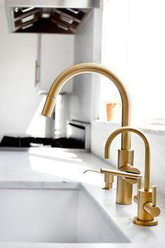 Image Result For Newport Brass Satin Bronze Satinkitchentap Brass Kitchen Faucet Kitchen Marble Brass Kitchen Tap