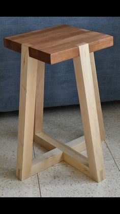 Chair Design Ideas Woodworking is a multifaceted craft that can result in many beautiful and useful pieces. If you are looking to learn about woodworking, then you have came to the right place. Pallet Furniture, Furniture Projects, Furniture Plans, Furniture Design, Easy Woodworking Projects, Diy Wood Projects, Wood Crafts, Wood Chair Design, Wooden Stools