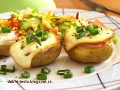 Zapekané zemiaky so syrom a bylinkami - recepty