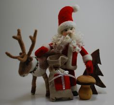 Christmas always brings some good inspiration. Presents are on their way! The Santa is about 10″ high.