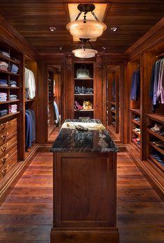 Woodsy Master Wardrobe