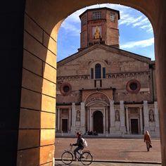 Piazza Prampolini, Reggio Emilia - Instagram by sunsetbaytravel