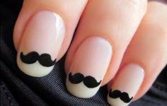 Uñas decoradas con bigotitos