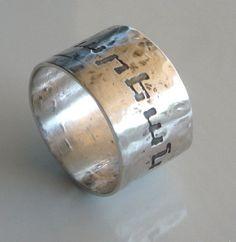 Armenian jewelry.Armenian words on a ring. Armenian handwriting on a ring. Personalized Armenian Jewelry. Sterling silver 1/2 wide