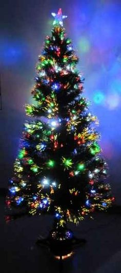d9604ec64af62 FIbre Optic Christmas Trees  No home is decked out for Christmas without a  festive holiday tree. And some of the most popular varieties today are fibre  ...