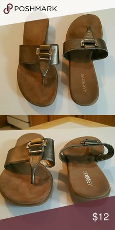 Aerosoles women sandals Aerosoles pewter in color with silver accents moderate wear very comfortable sandal. Size 11m AEROSOLES Shoes Sandals