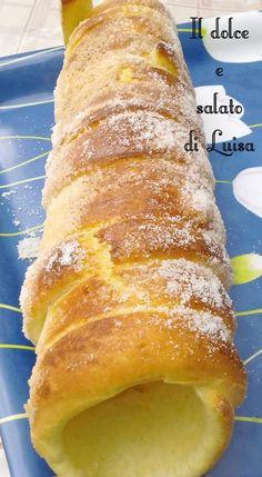 """KÜRTŐSKALÁCS - é un tipico dolce delle fiere allo zucchero ungherese. La prima volta l'ho visto l'anno scorso ad Expo, ma sia per il prezzo molto elevato, sia per la lunga fila di attesa non l'ho assaggiato, ma mi sono rifatta quest'anno a Budapest. Questo nome 'impronunciabile' si riferisce ad un dolce tipico delle fiere e delle sagre, originario della Transilvania, una regione che in passato faceva parte dell'Ungheria; il nome deriva dalla parola ungherese """"..."""