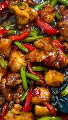 The best ever chicken green bean stir fry aka sweet chili chicken is absolutely mouth-watering Chicken Thigh Stir Fry, Simple Chicken Stir Fry, Chicken Stir Fry Sauce, Sweet Chili Chicken, Chicken Green Beans, Stir Fry Green Beans, Thai Sweet Chili Sauce, Keto Chicken, Kung Pao Chicken