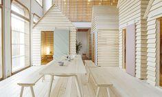 V Paříži vyrostla dřevěná vesnice jako hotel Koti