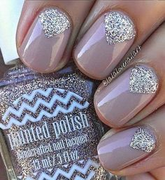 Silver Glitter Diamond Patterns   18 Chic Nail Designs for Short Nails