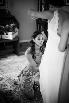 Make sure someone know how to get you into your wedding dress!
