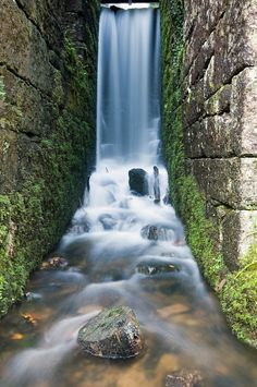 waterfall at Kennall Vale near falmouth - Long Exposure Photography In Cornwall
