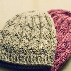 Terzetto Triangle Hat | AllFreeKnitting.com