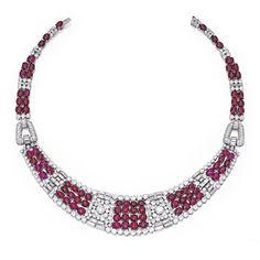 Platinum, Cabochon Ruby and Diamond Necklace, France Red Jewelry, Art Deco Jewelry, Luxury Jewelry, Fine Jewelry, Women Jewelry, Jewelry Design, Indian Jewelry, Antique Jewelry, Vintage Jewelry