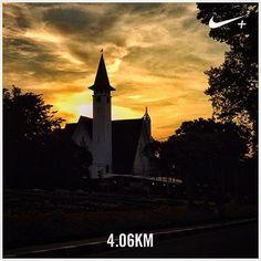 The Paulus Church, Menteng Jakarta. #nikeplus #myrun #afternoonrun #xmas #sunset #church #gereja #vintage #oldbuilding #yellow #yellowsky #silhouette #menteng #jakarta #indonesia