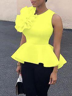 Flower Applique Zipper Back Peplum Top African Attire, African Dress, African Outfits, Peplum Top Outfits, Peplum Tops, Peplum Top Pattern, Trendy Fashion, Fashion Outfits, Merian